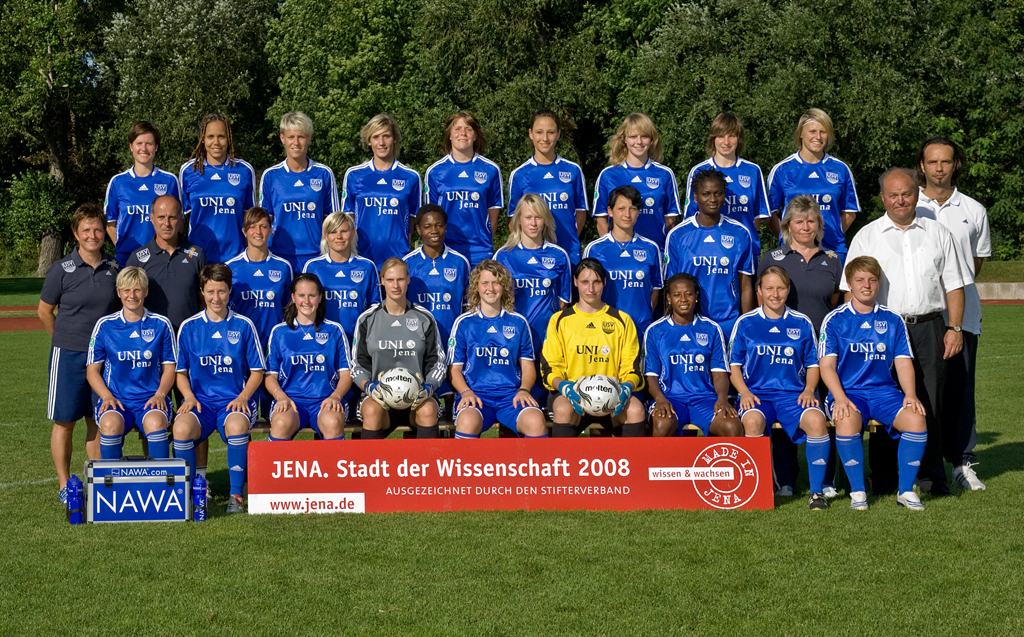 FF USV Jena – Women's Soccer Major League Team – Official Photographs Season 2009/2010 (Excerpt)More…